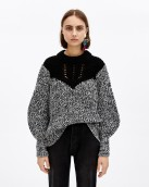 Jersey de lana marca Bimba y Lola en oferta. Para más descuentos y promociones, visita PromoDromo.