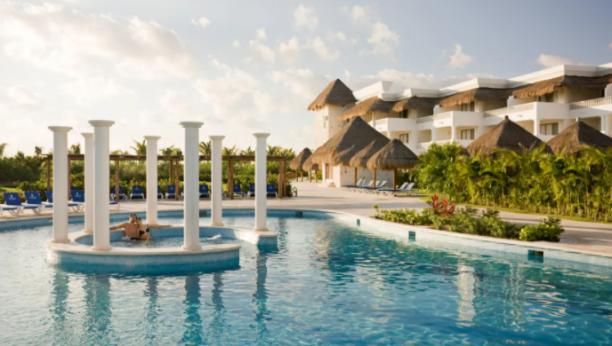 Noches en Grand Rivera Princess All Suites Resort & Spa en oferta. Para más descuentos y promociones, visita PromoDromo.