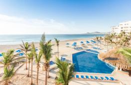 Paquete a los Cabos con hospedaje y vuelos en oferta. Para más descuentos y promociones, visita PromoDromo